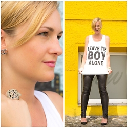 Jessica Nath - River Island Statement Leo Ring, Chanel Vintage Earrings, Selected Femme Leatherpants, Office Heeled Pumps, Boy London Shirt - Leave the Boy alone!