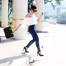 Desiree Adrienne Lim - Chanel Bag, Romwe Shoes, Ilovenlclothing Jeans, Apartment8 Top - White & denim
