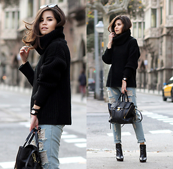 Adriana Gastélum - Sixkisses Turtleneck Sweater, Lookbook Store Chained Ripped Jeans, 3.1 Phillip Lim Pashli Medium, Coach Booties, Daniel Wellington Watch - Breaking my own rule