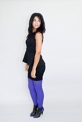 Nadège Azimi - H&M Top Peplum, H&M Jupe, Etam Collant, New Look Boots - LE COLLANT VIOLET