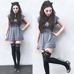 Alisa Sia - Wet Seal Cat Ears, Hot Topic Kitty Face Stickers, Kitty Stocking, Grey Dress - Meow Fashion