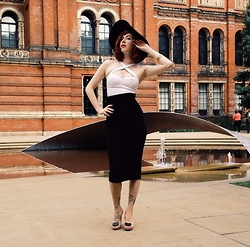 Pip Jolley - Voodoo Vixen Bodice, Atypical Girl Clothing Pencil Skirt, H&M Hat, Melissa Shoes - Fourteen