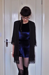 Izzy Humphreys - Boohoo Velvet Playsuit, New Look Black Crochet Kimono, Ebay Mock Suspender Tights - Velvet nightmares