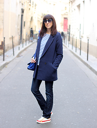 Audrey B - See U Soon Coat, Freeman Porter Jeans, See By Chloé Sneakers, Nat & Nin Handbag, Zara Jumper, Italia Independent Eyewear - Blue Winter
