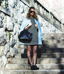Nati Drencseva - F&F Dress, Mango Shoes, Furla Bag, Zara Coat - Stripy
