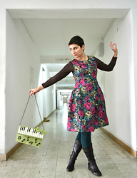 Miss Dee STyle - Pink Martini Flower Printed 50s Style Wool Dress, Pavica Design, Croatia Piano Themed Statement Purse - Walking Through the Hallways