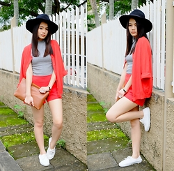 Zaira Chan - Topshop Top, H&M Cardigan, Chloé Clutch, Romwe Hat - Own It