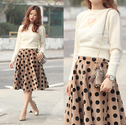 Mayo Wo - Opening Ceremony Heart Film Sweater, Alice And Olivia Mini Bag, Frontrowshop Polka Dots Skirt - Flimsy heart