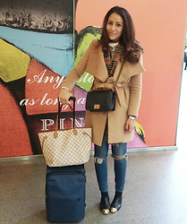 Tamara Kalinic - Chanel, Chanel, Burberry, Louis Vuitton, House Of Fraser, Genetic - January 2015 Favourites