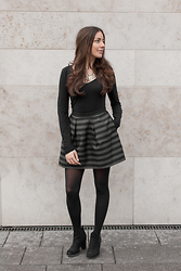 Ninachantal - H&M Skirt - Stripes