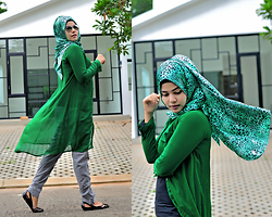 Noni Zakiah H. -  - GREENY GRAY