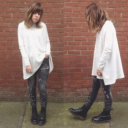 Natasha Hide - Zara Ripped Jeans, Dr. Martens Smooth Black, H&M Knitted Jumper - White Bleach.