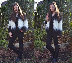 Nina JC - Meemee Sass Master Faux Fur Jacket, Celeb Look High Waisted Black Skinny Fit Disco Jeans, Clarks Knee High Leather Boots - Sass Master Jacket