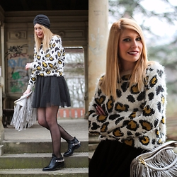 AndyAndra - Primark Leopard Printed Sweater, H&M Tulle Skirt, H&M Fringed Bag, Turban, Zara Chained Boots - Leopard