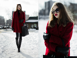 Agata Czernecka - Reserved Red Coat, Wittchen Simple Black Bag, Zara Black Leather Pants, Venezia Leather High Boots, H&M Black Turtle Neck - Red, red, red in my head