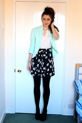 Laurel Elizabeth - New Look Mint Blazer, Next Cream Blouse, New Look Daisy Print Skirt, New Look T Bar Heels - The Things That We Could Be