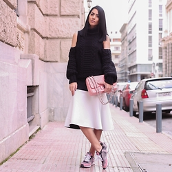 Konstantina Tzagaraki - Sweater, Sneakers, Chanel Bag - My heart is not available for hurt..