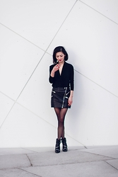 Sun Zibar - Zara Boots, The Kooples Skirt, All Saints Top, Zara Ring - The Kooples skirt
