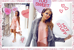 Melania Plasko - Bebe Light Pink Dress, Unif Hellbounds - Would You Be My Valentine?