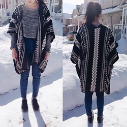 CINDY - Urban Outfitters Cardigan - Cold and Lonely