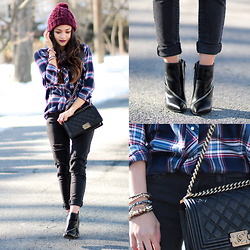 BLESSIE - Chanel Quilted Black Bag, Zara Plaid Shirt, Saint Laurent Black Ankle Boots, American Eagle Outfitters Ripped Jeans, Asos Burgundy Beanie - MAD FOR PLAID