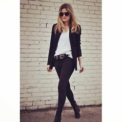Kirby C - Free People Sunglasses, Zara Blazer, Su Shi Belt, Free People Jeans, Isabel Marant Ankle Boots - Buckles
