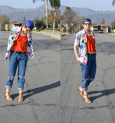 Bethany R. - Boyfriend Jeans, Floral Blouse, H&M Crop Top - Fanny Pack Chic