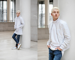 Patrick Pankalla - Weekday Bomber Jacket, Weekday Sweater, Weekday Blue Jeans, Adidas Stan Smith, Uniqlo Turtleneck, Weekday Long Tee - White & Denim Jeans