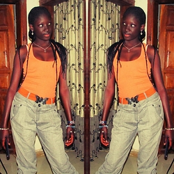 Jeanne Ndong -  -  to dress casually