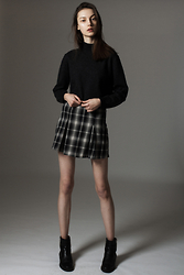 Maria Joanna - Brandy Melville Usa Checked Skirt, Zara Boots - Simple love