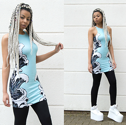 Shady Kleo - Illustrated People Wave Dress, Yru Qozmo Hi - Waveyy