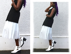 Vanessa M. - Boohoo Cut Out Boots, Rosegal Midi Tulle Skirt, Bank Sleeveless Jacket - LFW