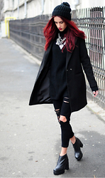 I dare you To be fashion - Necklace, Coat, Jeans, Beanie - Black jeans