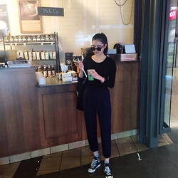 Ann Chen - Zara High Waist Paint, Converse Basic Black, Urban Outfitters Sun Glassese - Morning Machat Latte