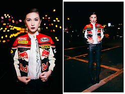 Raluca Zurykov - Vintage Leather Jacket, Pas Du Tout Shirt, Meli Melo Gold Earrings, H&M Leather Pants, H&M Boots - LATE NIGHT STREETS