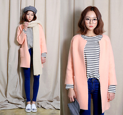 Saea Eom - Stripe Top, Pink Woolen Cardigan, Blue Denim Jean, Gray Woolen Hunting Cap - Chic pink