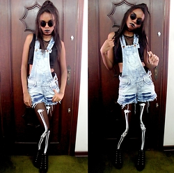 Kassia Felix - Choies Black Skeleton Print 20 Denier Tights, Zerouv Womens Vintage Inspired Laser Cut Metal Criss Cross Cat Eye Sunglasses, Versace Ankle Boot, Thirty Seconds To Mars Store Orbis Epsilon Silver Necklace - Gonna Let It Burn ?