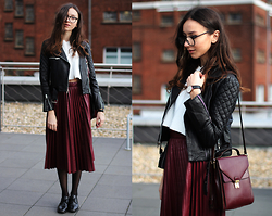 Bea G - Jacket, Skirt, Top, Bag, Shoes, Watch - Leather Pleats