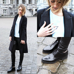 FEEblog - Selected Femme Shoes, Selected Femme Coat, Y.A.S Light Blue Shirt, Y.A.S Half Leather Pants, Mimi Et Toi Triangl Necklace - My inner french girl