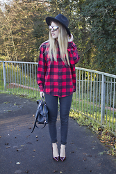 Robyn C - Topshop Jeans, Mulberry Bag, New Look Hat - RED CHECK