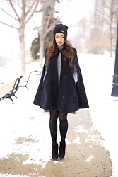 Pearl Naomi - Zara Cape Coat, Zara Turtleneck Sweater Dress, H&M Patterned Tights, Vince Camuto Ankle Boots, La Notte Hat / Beanie - CAPE COAT