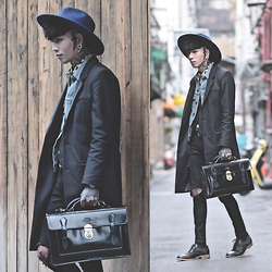 IVAN Chang - Tastemaker 達新美 Hat, Vintage Coat, Levi's® Vintage Jacket, Topman Shirt, Mcving Bag, Opustwo Shoes - 060315 TODAY STYLE