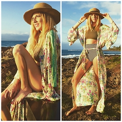 Brittany Shae - Forever 21 Straw Hat, Spell Designs Printed Kimono, Free People Cropped Bikini Top, Urban Outfitters High Waist Bikini Bottom - A Tale of Simplicity