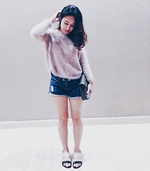 Trbps - Mango Fur, Forever 21 Hotpants, Marc By Jacobs Watch - #12