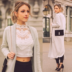 Anna Belle -  - Favourite lace top