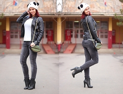Milica Venoma - Oasap Hat, C&A Shirt, Fishbone Jeans, Kitten Boots, Rosewholesale Bag - Keep calm and be a Panda
