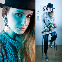 Jules - H&M Fedora Hat, H&M Earrings, United Colors Of Benetton Jumper, Only Leggings, Humanic Shoes - Set a Light