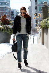 Marta Tryshak - Yigal Azrouel Fur Bomber, Gap Cashmere Hoodie, Citizens Of Humanity Jeans, Lanvin Sneakers, Alexander Wang Purse, Tom Ford Sunglasses, Hermës Cuff - Citizens of Humanity Emerson & Lanvin