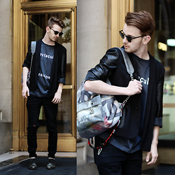 Drew Scott - Acne Studios Spectacular Tee, Leather Blazer, Chanel Grafitti Backpack, Zara Tattered Denim - Golden Doorway