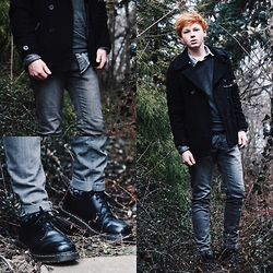 Erik Scholz - Dr. Martens Leather Shoes, Bershka Grey Jeans, Pull & Bear Shirt, H&M Jacket, Zara Pullover - The Business kinda look.
